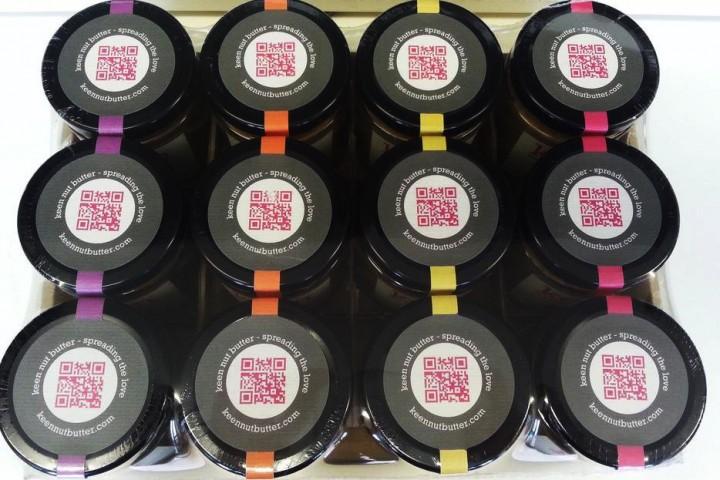 printed labels on rolls qr code