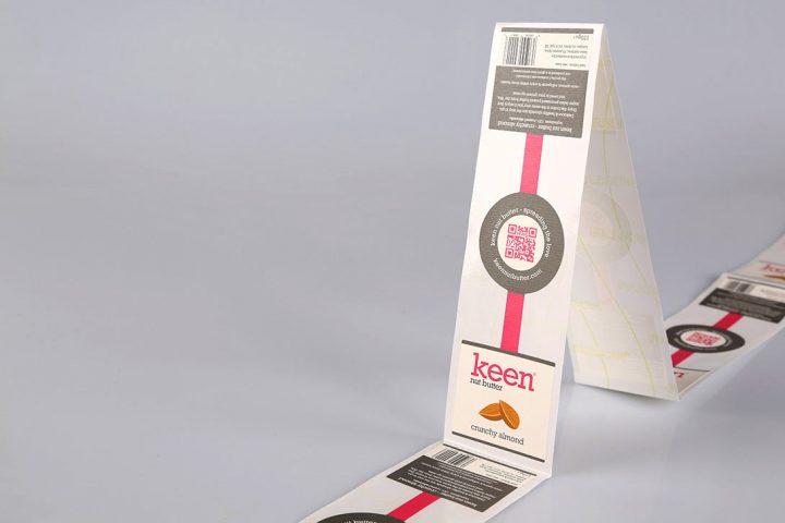 Custom printed labels on rolls